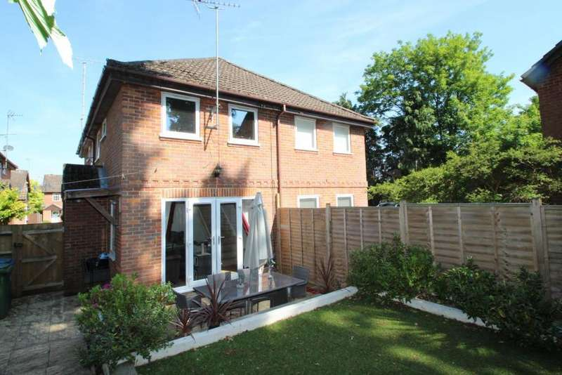 1 Bedroom End Of Terrace House for sale in Northampton Close, Bracknell, RG12