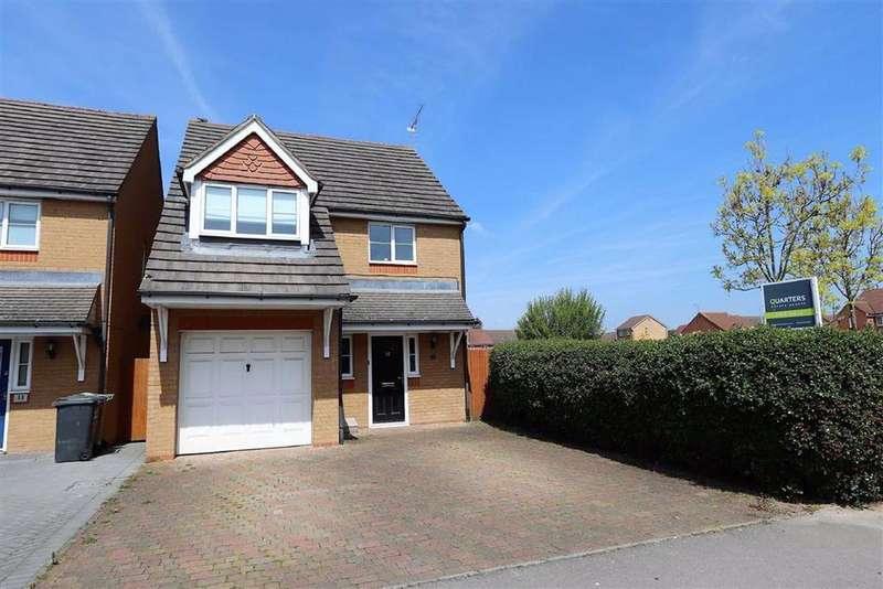 3 Bedrooms Detached House for sale in Mannock Way, Leighton Buzzard