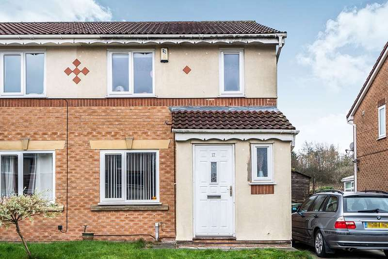 3 Bedrooms Semi Detached House for sale in Canmore Close, Bolton, BL3