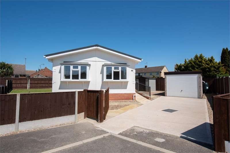 2 Bedrooms Park Home Mobile Home for sale in Lea Park, Boston, Lincolnshire