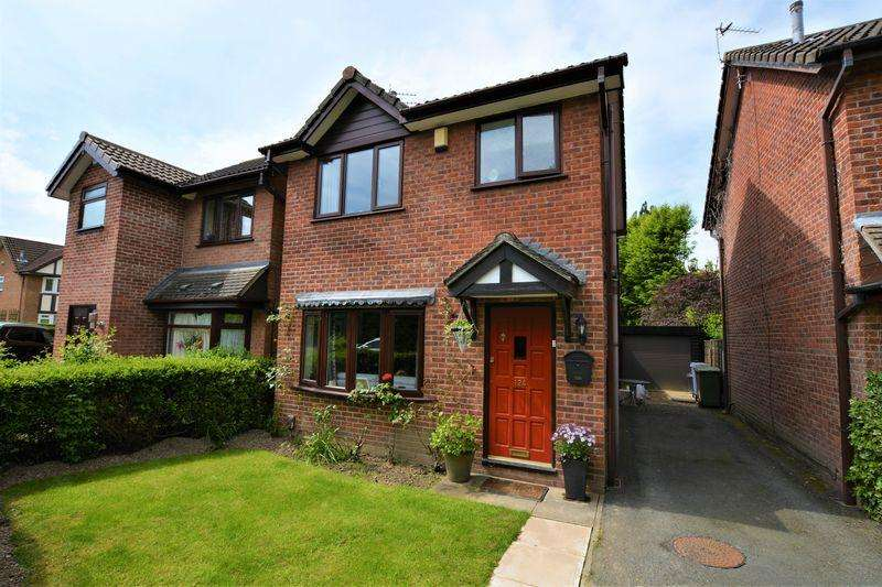 3 Bedrooms Detached House for sale in Rostrevor Road, Davenport