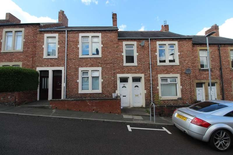 3 Bedrooms Flat for sale in Napier Road, Swalwell, Newcastle Upon Tyne, NE16
