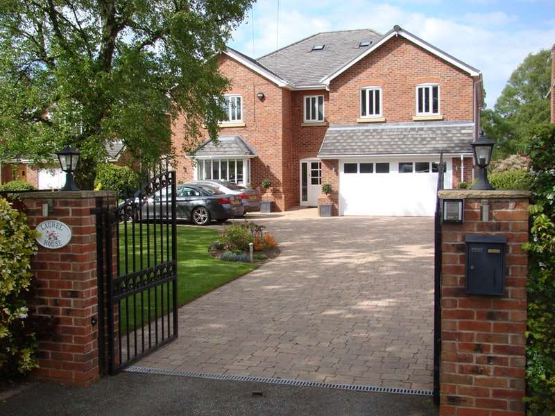 6 Bedrooms Detached House for sale in Brereton Heath Lane, Congleton, Cheshire, CW12
