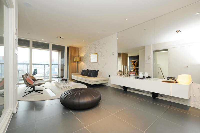 3 Bedrooms Flat for sale in Wharf Road, Islington