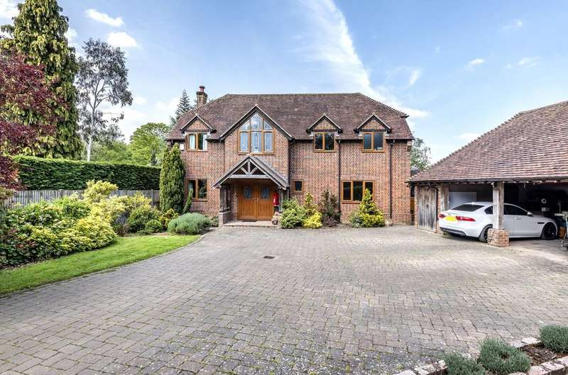 5 Bedrooms Detached House for sale in Pardown, Oakley, Basingstoke, RG23