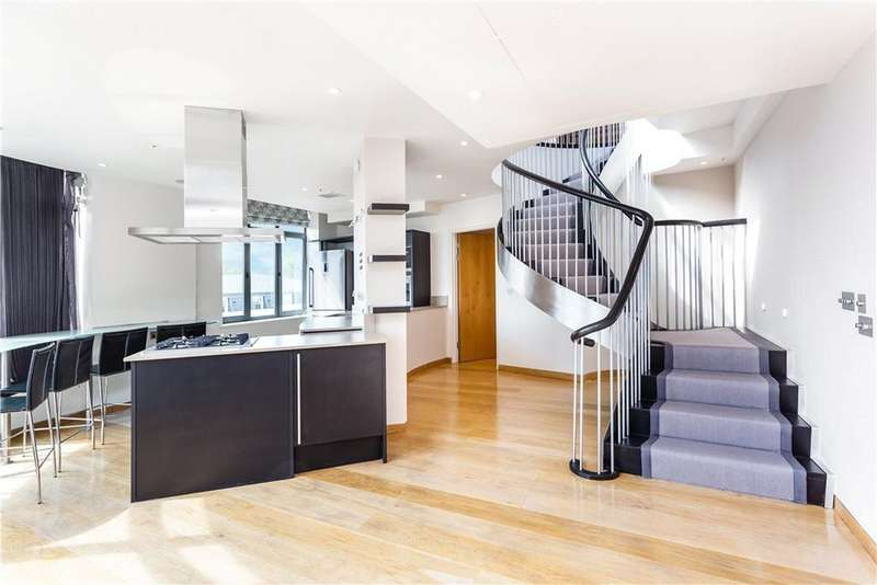3 Bedrooms Flat for sale in North Row, London, W1K