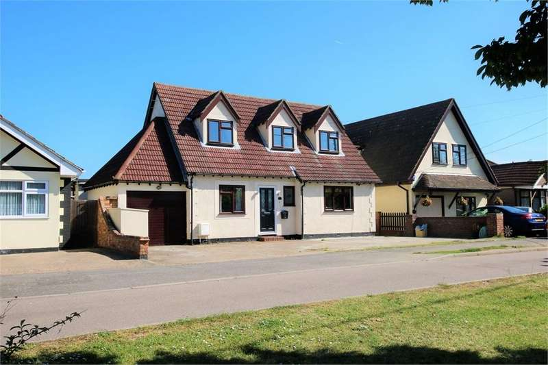 5 Bedrooms Detached House for sale in Marine Approach, CANVEY ISLAND, Essex