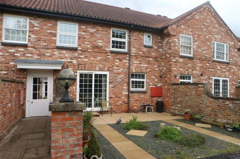 2 Bedrooms Mews House for sale in Church Mill Court, Market Rasen