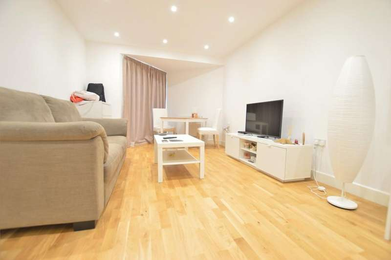 2 Bedrooms Apartment Flat for rent in Princes House, Slough