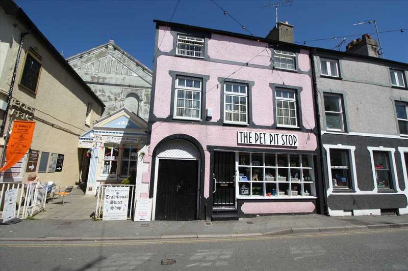 2 Bedrooms Town House for sale in Hafan Fach (Small Haven), 4 Church st, Beaumaris