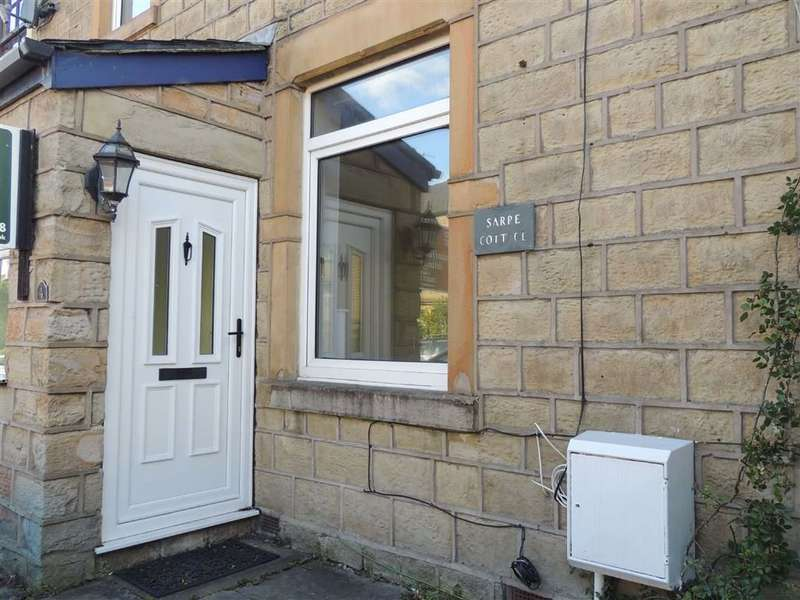 3 Bedrooms Semi Detached House for sale in Newshaw Lane, Hadfield, Glossop