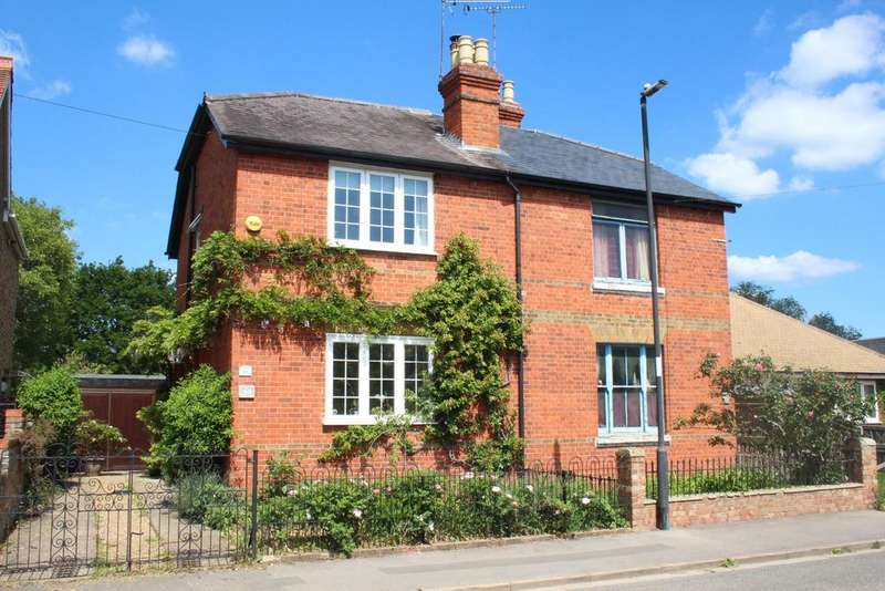 4 Bedrooms Semi Detached House for sale in Summerleaze Road, Maidenhead