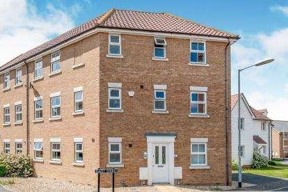 4 Bedrooms Semi Detached House for sale in Wymondham, Norwich, Norfolk