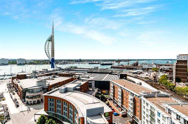 3 Bedrooms Apartment Flat for sale in No.1 Building, Gunwharf Quays, Portsmouth