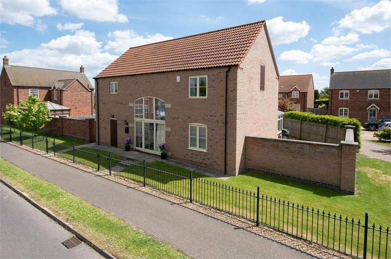 4 Bedrooms Detached House for sale in Ashton Hall Drive, Boston, Lincolnshire