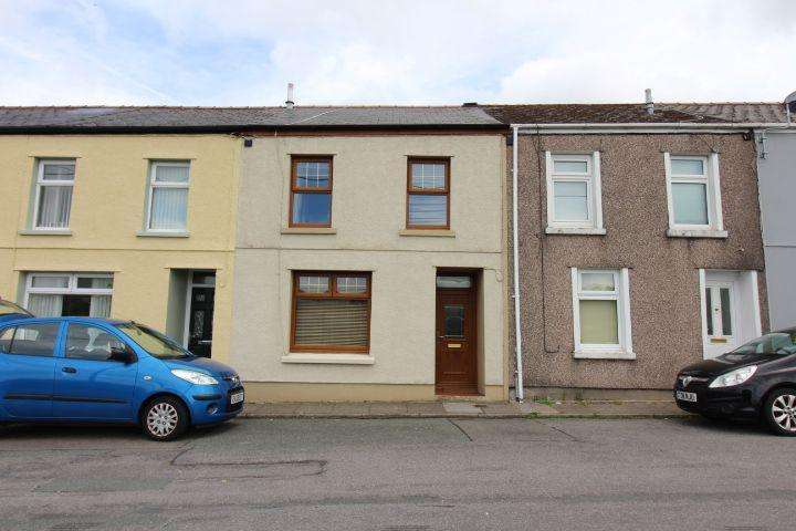 3 Bedrooms Terraced House for sale in Whitworth Terrace