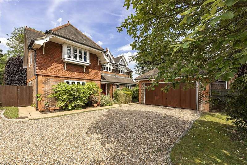 5 Bedrooms Detached House for sale in Court Close, Maidenhead, Berkshire, SL6