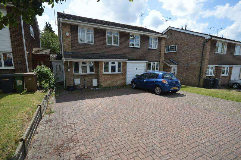 3 Bedrooms Semi Detached House for sale in Bramingham Road, Luton