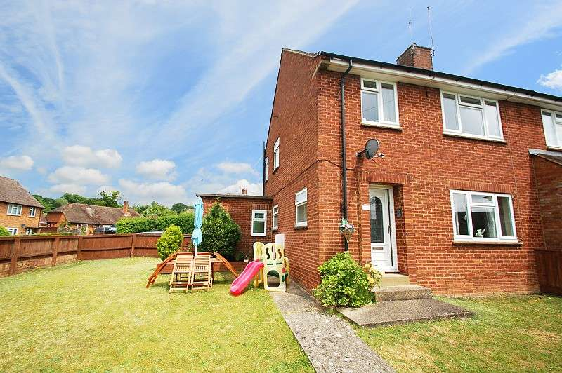 3 Bedrooms Semi Detached House for sale in Waborne Road, Bourne End, SL8