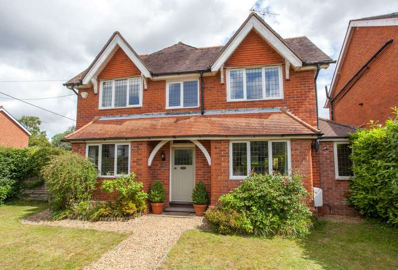 4 Bedrooms Detached House for sale in Kennylands Road, Sonning Common