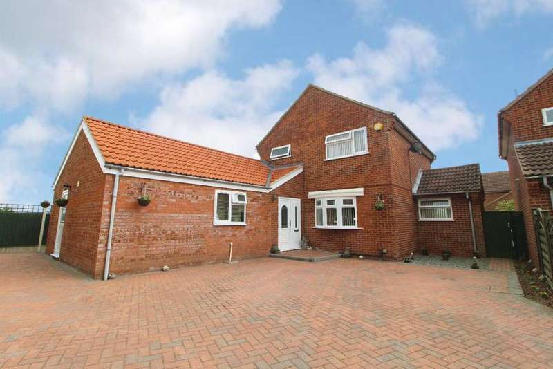 3 Bedrooms Detached House for sale in Elmsdale Road, Wootton, MK43