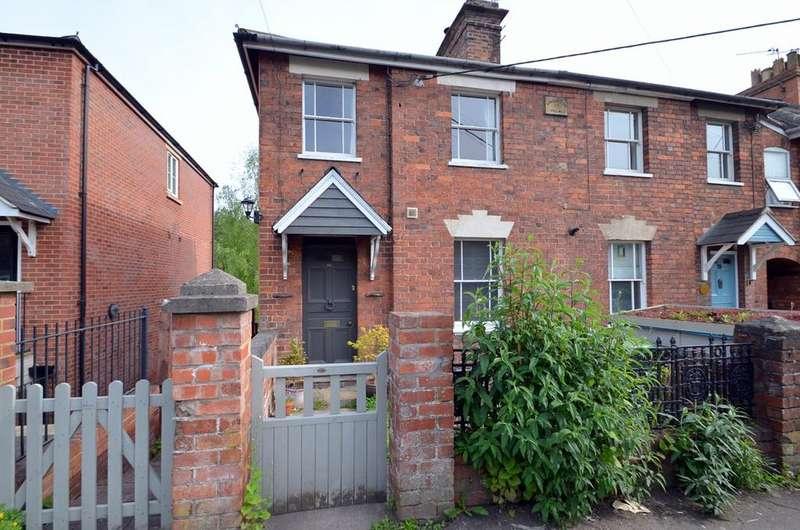 3 Bedrooms End Of Terrace House for sale in Slad Road, Stroud, GL5