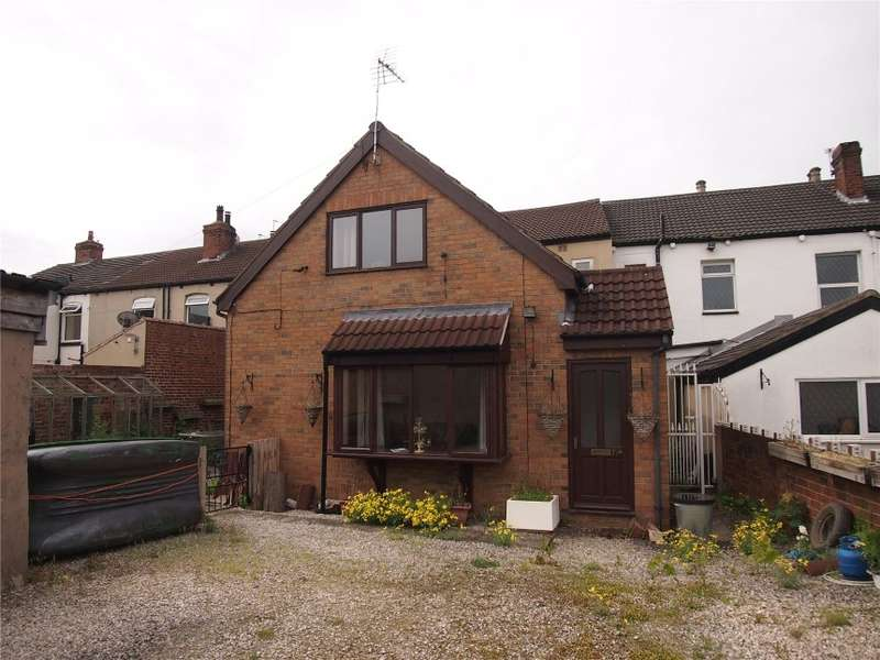 1 Bedroom Terraced House for sale in 77A High Street, Kippax, Leeds, West Yorkshire