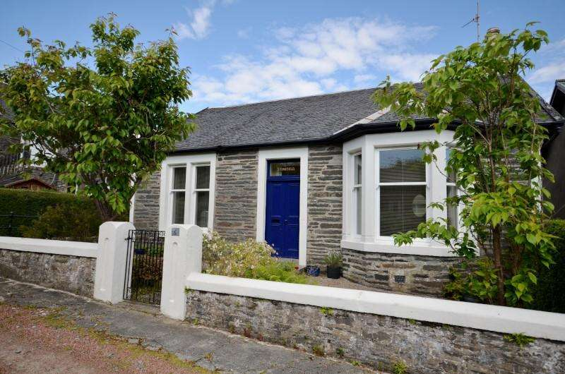 3 Bedrooms Detached House for sale in Gladstone Avenue, Dunoon, Argyll, PA23