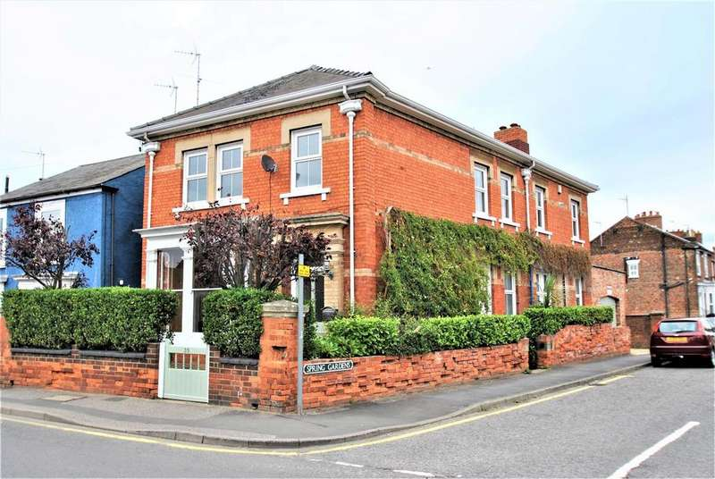 4 Bedrooms Detached House for sale in St. Thomas Road, Spalding