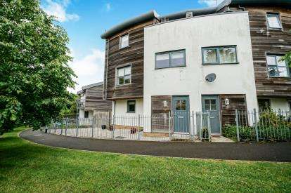 4 Bedrooms End Of Terrace House for sale in Plymouth, Devon
