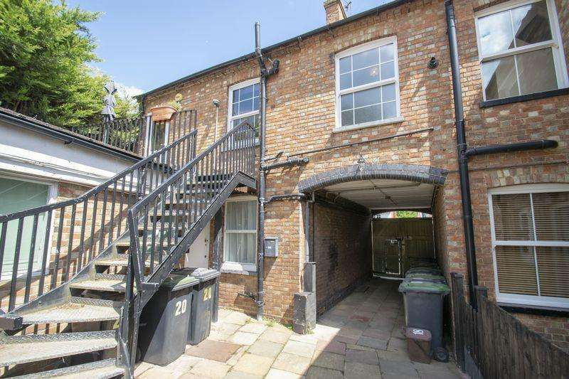 2 Bedrooms Apartment Flat for rent in Dunstable Street, Ampthill