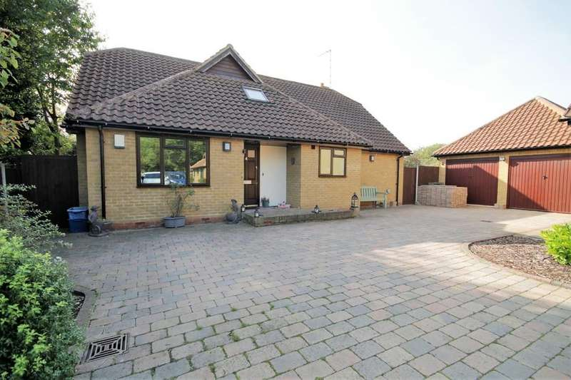 3 Bedrooms Detached House for sale in Arrow Yard, Broxbourne - River Views