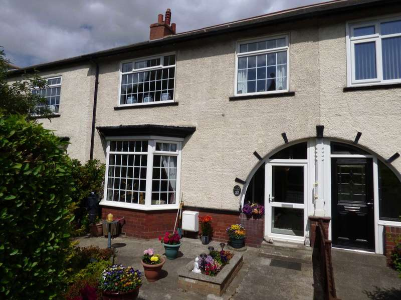 4 Bedrooms Terraced House for sale in **REDUCED** Windsor Road, Saltburn By The Sea