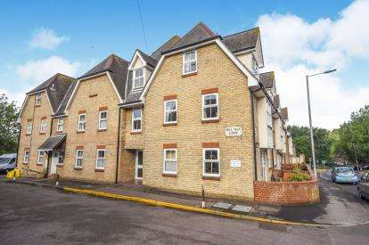 1 Bedroom Flat for sale in Guithavon Street, Witham