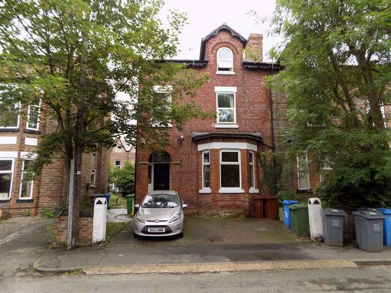 6 Bedrooms Semi Detached House for sale in Northen Grove, Manchester