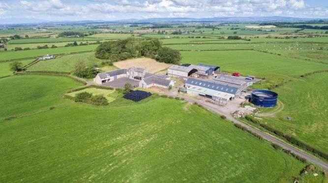 4 Bedrooms Farm Commercial for sale in Buistonend Farm, By Kilmaurs, Kilmarnock, East Ayrshire, KA3