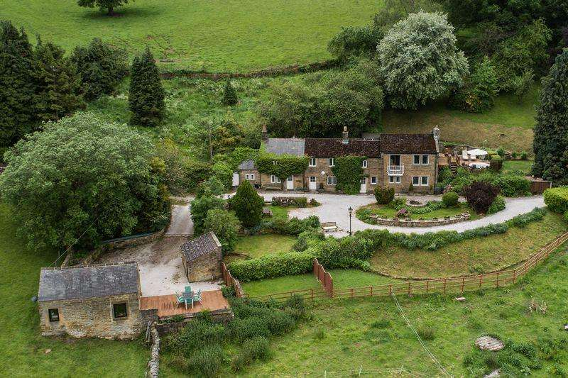 7 Bedrooms Country House Character Property for sale in Swallow Cottage, Pilhough, Stanton-in-the-Peak