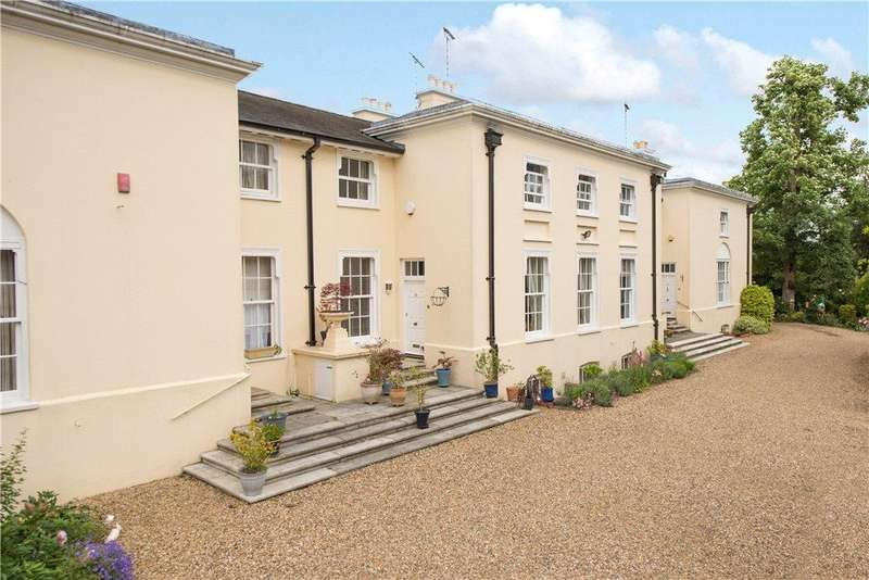 3 Bedrooms Unique Property for sale in Digswell House, Monks Rise, Welwyn Garden City, Hertfordshire