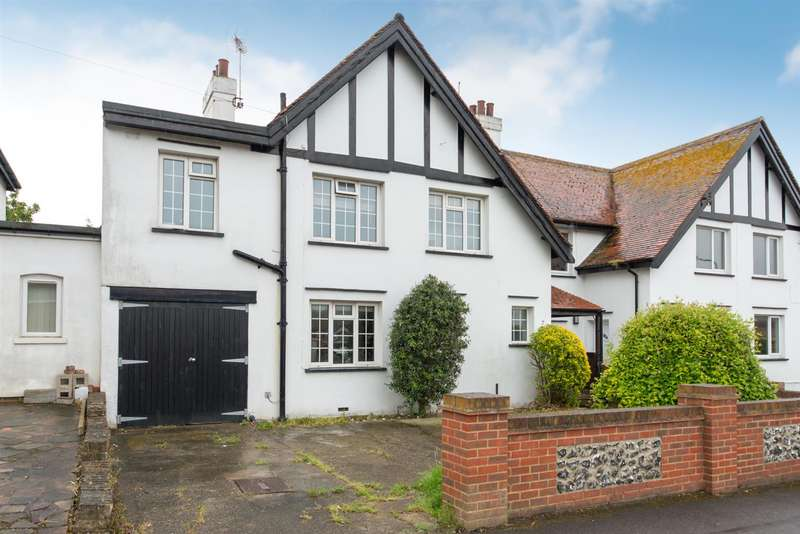4 Bedrooms Semi Detached House for sale in Ryders Avenue, Westgate-On-Sea