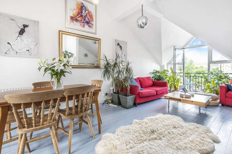 2 Bedrooms Flat for sale in Broomgrove Road, Stockwell