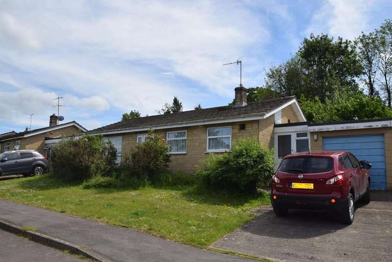 3 Bedrooms Detached Bungalow for sale in Homefield, Shortwood, Nailsworth, Stroud, GL6
