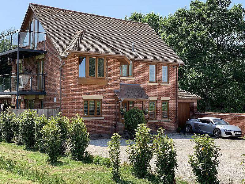 5 Bedrooms Detached House for sale in Burnetts Lane, West End, Southampton, SO30