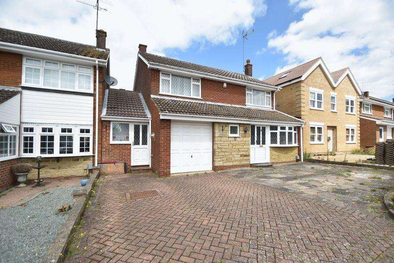 4 Bedrooms Detached House for sale in Winton Close, Luton