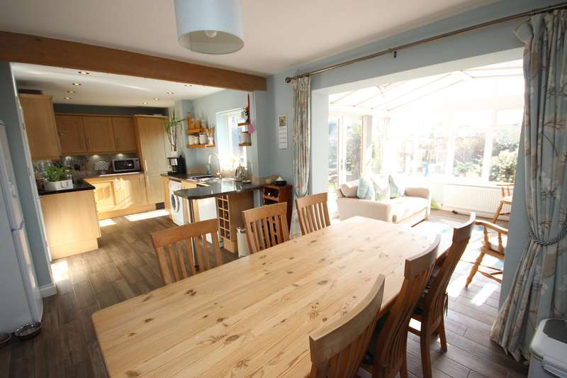 4 Bedrooms Detached House for sale in The Brache, Maulden, Bedfordshire, MK45