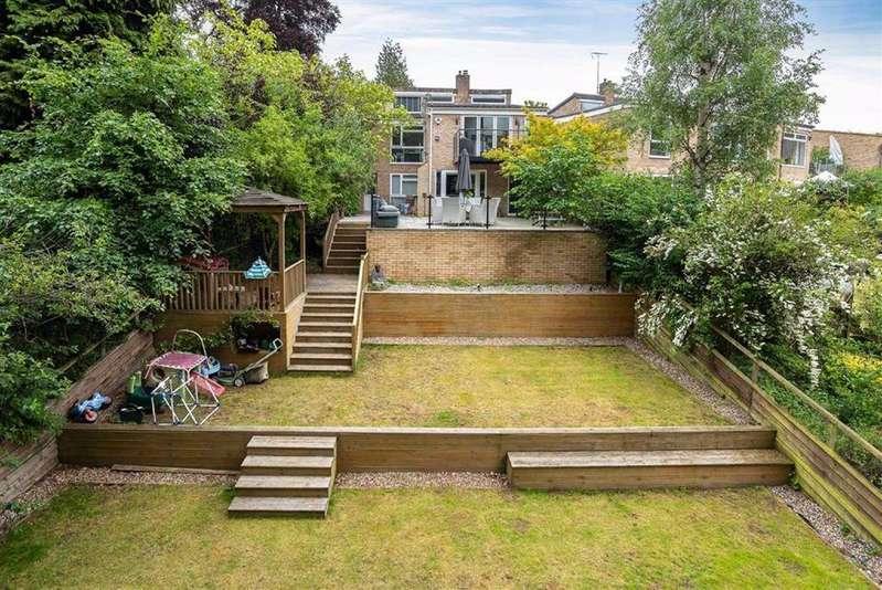 4 Bedrooms Link Detached House for sale in Copper Beech Way, Leighton Buzzard