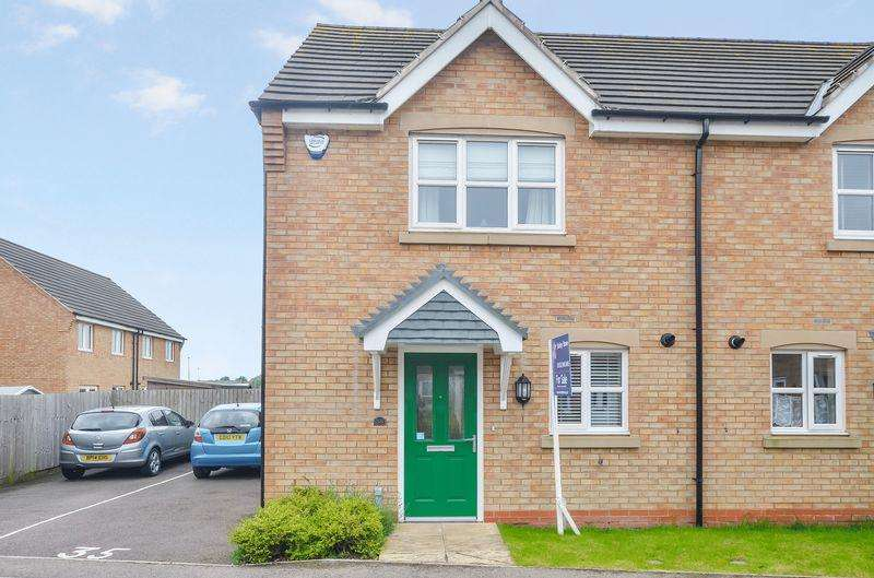 2 Bedrooms Semi Detached House for sale in Spire Close, Lincoln