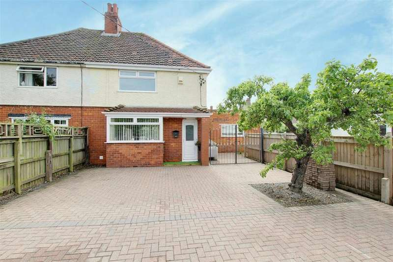 2 Bedrooms Semi Detached House for sale in Tennyson Avenue, Mablethorpe