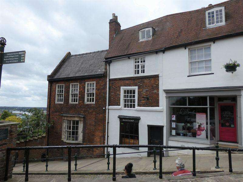 1 Bedroom Town House for sale in Steep Hill, Lincoln