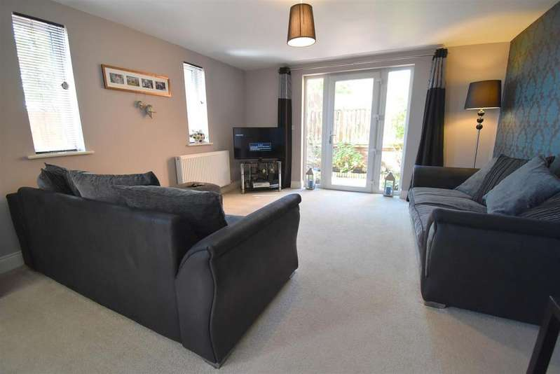 3 Bedrooms End Of Terrace House for sale in Greystoke Park Road, Penrith