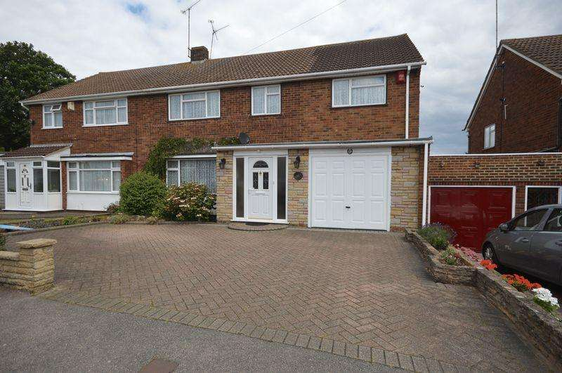 4 Bedrooms Semi Detached House for sale in Calverton Road, Luton